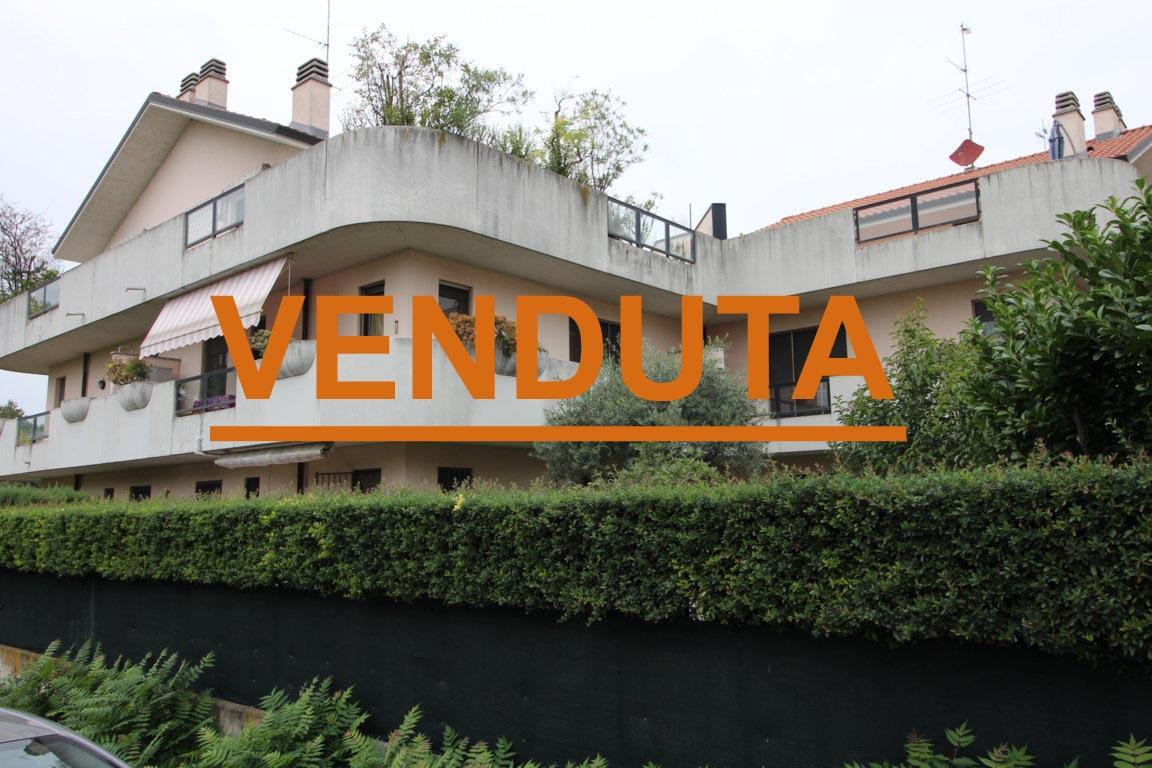 CANONICA D'ADDA Appartamento Trilocale con Terrazzo e Box